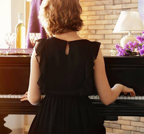 Online Piano Lessons with Jo Cenko from Rhythm and Tunes Piano School
